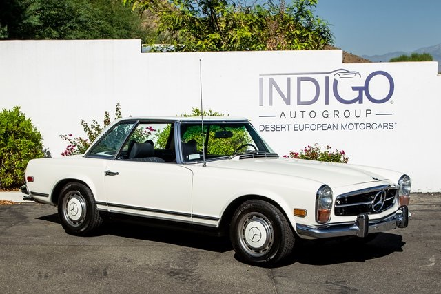 Pre-Owned 1971 Mercedes-Benz 280SL