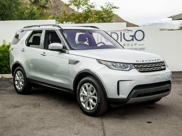 Certified Pre-Owned 2019 Land Rover Discovery SE Service Loaner